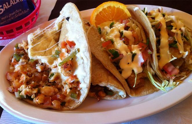Tacos Gobernador, con Salsa de Soya Well Nuts - Wellnuts Gourmet House